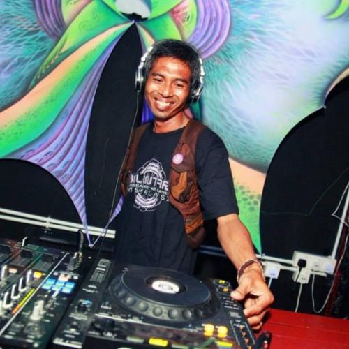 Interview to DJ Abstract on RadiOzora-Ozorian Prophet