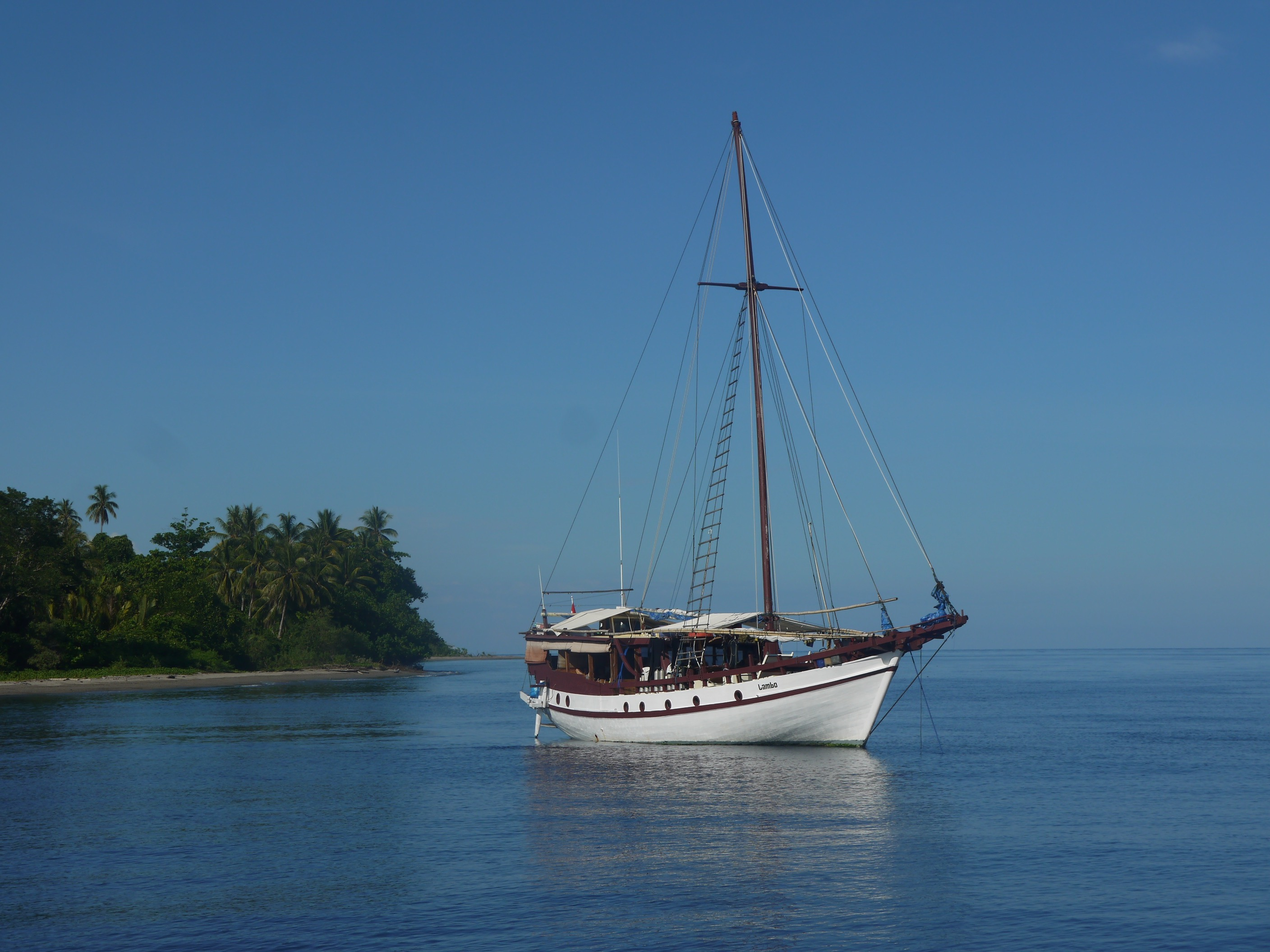 SAILING IN THE TOGEAN ISLANDS