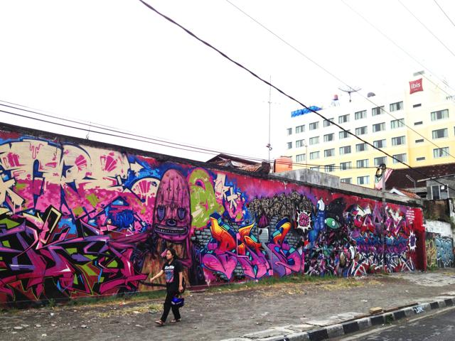 Yogyakarta: a stroll into the city's street art